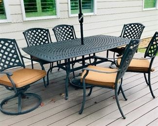 Patio Dining Table with (4) Arm Chairs  and (2) Swivel Captain Chairs