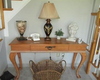 Thomasville Console Table