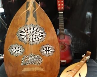 Musical instruments Oud, Dulcimer, Guitar
