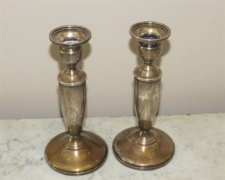 TOWLE WEIGHTED STERLING CANDLESTICKS.