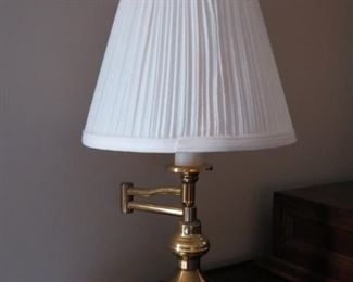 PAIR OF SWING ARM BRASS LAMPS.