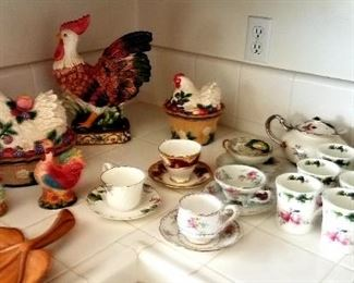 Tea cup collection, Chicken decor, tea pots