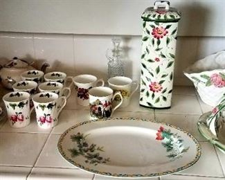 Kitchen decor and cups