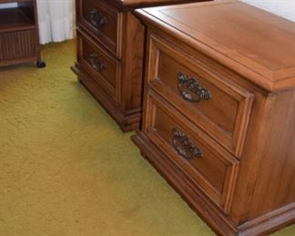 """Young Hinkle Night Stands (2) Matching 26"""" W X 17"""" D X 24"""" T"""