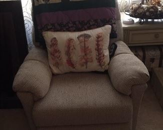 one of 2 electric recliners