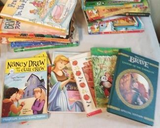 Book Lot: Pre Teen/ Teen
