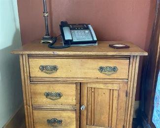 Turn of the Century Antique Oak cabinet $45