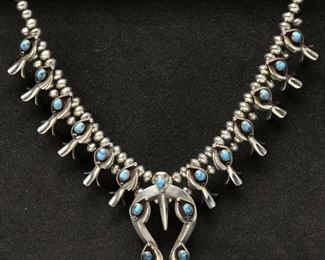 Turquise and silver necklace