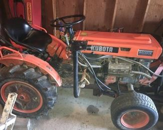 QUALITY KUBOTA TRACTOR MODEL B60003  2 CYLINDER YANMAR DIESEL ENGINE LOW HOURS