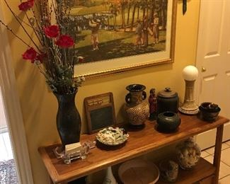 Couch table, pottery