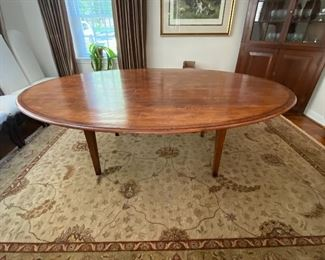 "Awesome Large Oval Dining Table 90"" x 65"""
