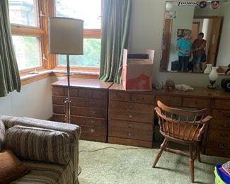 Ethan Allen desk chairs sleeper sofa