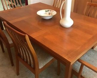 BRDR Furbo MCM dining table and 8 chairs  Made in Denmark.