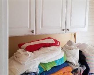 Frigidaire Affinity washing machine & GAS dryer; laundry cabinets