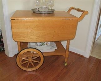 Maple tea cart, excellent condition. Misc glassware