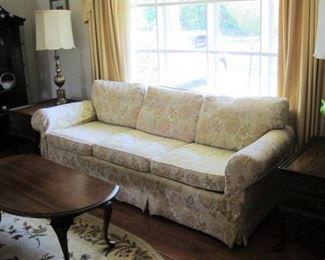 Pennsylvania House Queen Ann Coffee table with drop