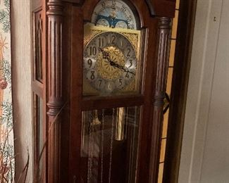 Emperor Weighted Grandfather Clock excellent condition