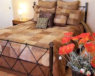 Croscill Queen reversible comforter plus skirt plus 4 pillows and 2 shams $185.00