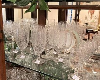 Great selections for your china cabinet