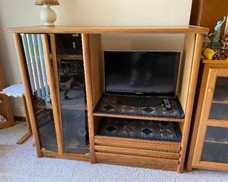 Entertainment Cabinet (has Loose Door) $35.00