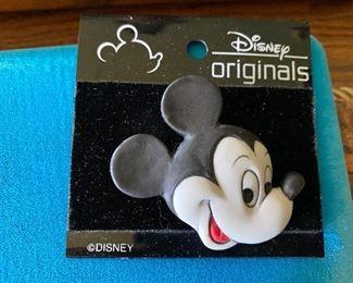Disney Mickey Mouse Pin $4.00