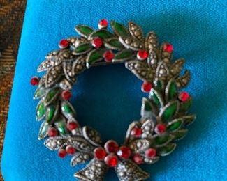 Wreath Pin $4.00