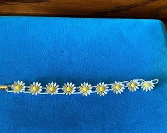 White Flower Bracelet $5.00