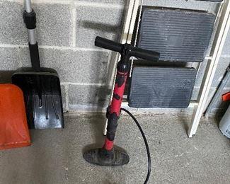 Tire Pump $5.00