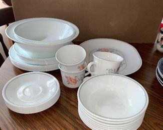 Corelle Dish Set $24.00