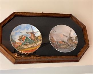 Two Plate Set with Wall Hanger $18.00