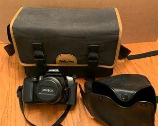 Minolta Maxxum 3XL with case $12.00