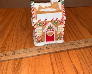 Gingerbread house $5.00