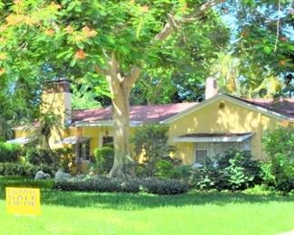 LOVELY BAHAMA BEACH HOME - SOUTH ST PETE HOUSE INTERIOR,  2  CAR GARAGE AND GARDEN AREAS HAVE ITEMS FOR SALE
