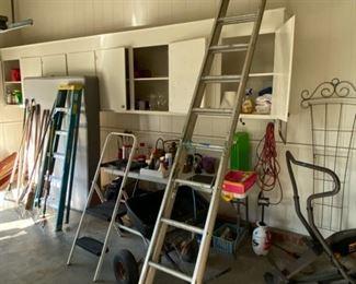 20' tall ladder