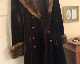 Beautiful Vintage 60's Borgazia for Sportowne Luxury Black Faux Fur Coat