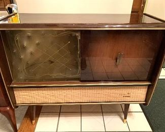 Simply AMAZING German Vintage Radio/Record Console by Blaupunkt and it works!!