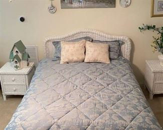 Vintage Pier 1 Imports Wood Wicker Full Size Bed