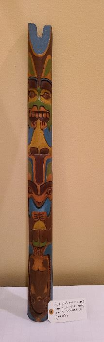 Lot 17 view 2 NW Coast Alder Totem Whale and other symbols 34 inches 1950s