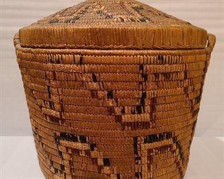 Lot 25 Fraser River Basket Cedar root black and red cherry bark 18 x 18 1920s