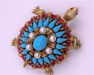 HAR Costume jewelry turtle pin
