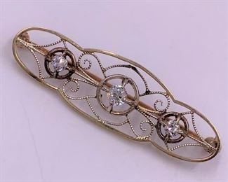 Vintage gold and diamond pin