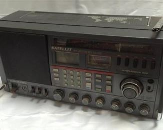 https://connect.invaluable.com/randr/auction-lot/grundig-satellit-international-650-sony_57B49F995A