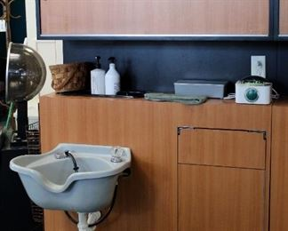 "Salon Wash Station With Sink, Overhead Storage Cabinet, And Waste Bin Enclosure, 74"" x 48"" x 31.5"""