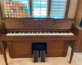 BEAUTIFUL player piano in excellent condition.