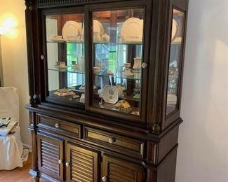 $750 Fairmont Designs Buffet and Hutch