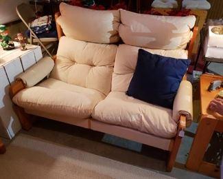 Enrico Bartolini vintage love seat