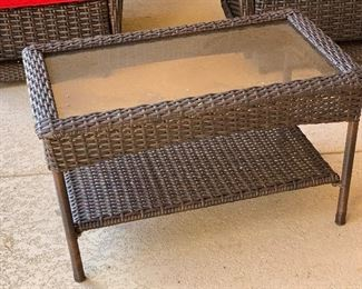 All weather Patio Table	20x21x33in	HxWxD