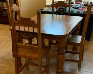 Rustic Mexico Dining Table w/ 4 Chairs Small	Table: 31x40x60in chairs: 46x18x18in	HxWxD