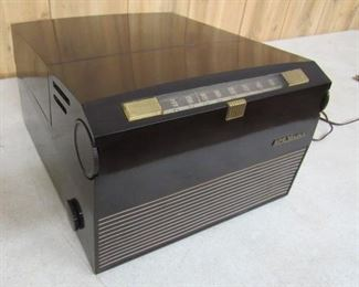 RCA Victor AM Radio w/45 rpm Record Player - Plays Great!