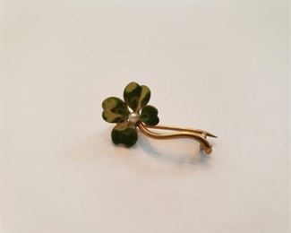 14K Gold Pin with Pearl Center